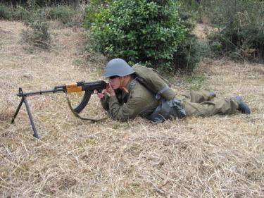 東ドイツ軍 レインドロップ迷彩・個人装備 [1970~1980年代]