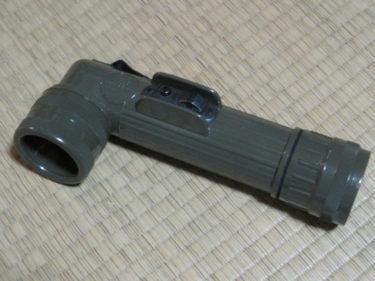 アメリカ軍 L型フラッシュライト・スイッチガード付 (実物)