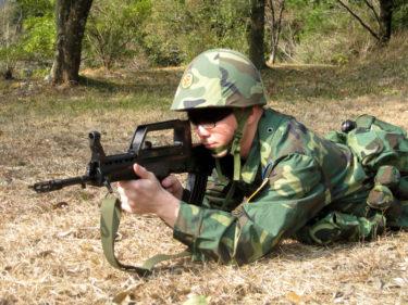 2000年代的空軍傘兵 ~ 中国人民解放軍 空軍 空降兵装備 [95式小銃]