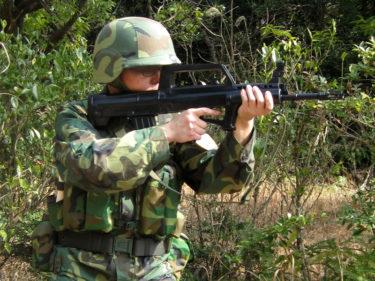 2000年代的陸軍士兵 ~ 中国人民解放軍 駐港部隊装備 [95式小銃]