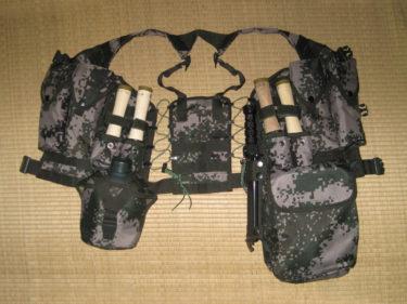 中国版MOLLEシステム ~ 中国人民解放軍 06式通用単兵携行具 (実物)