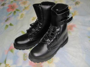 ポリウレタン製のカジュアル用品 ~ フランス陸軍 2バックル戦闘靴 (中国製・複製品)